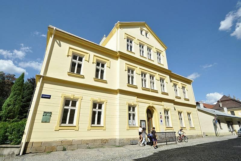 Valašské Meziříčí - Základní umělecká škola Alfréda Radoka.