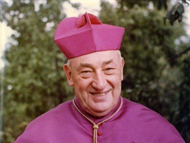 Kardinál Štěpán Trochta patří snad k nejslavnějším rodákům Francovy Lhoty.