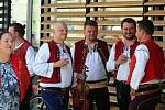 Ve Vsetíně slavnostně otevřeli ve čtvrtek 25. června 2020 nové náměstí Jarmily Šulákové. Cimbálová muzika Mirka Urubka.