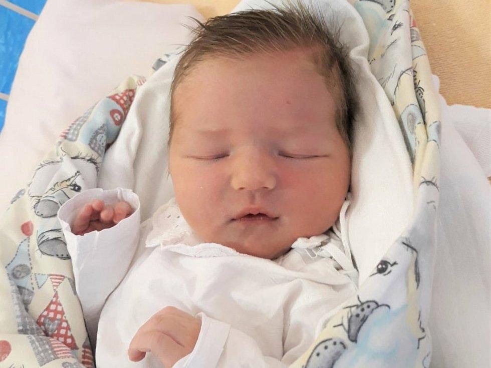 Nela Ryšánková, Prostřední Bečva, narozena 10. dubna 2021 ve Valašském Meziříčí, míra 51 cm, váha 3600 g