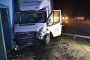 V Zubří na Rožnovsku se v pondělí 30. ledna 2017 ráno čelně střetl osobní vůz Škoda Fabia s vozem Ford Tranzit. Příčinou nehody byl mikrospánek řidiče fabie. Řidič fabie se také při nehodě lehce zranil.