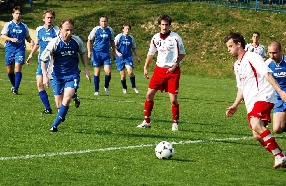 V utkání krajského přeboru Vigantice (modré dresy) – Kateřinice se radovali z výhry 2:0 hosté.