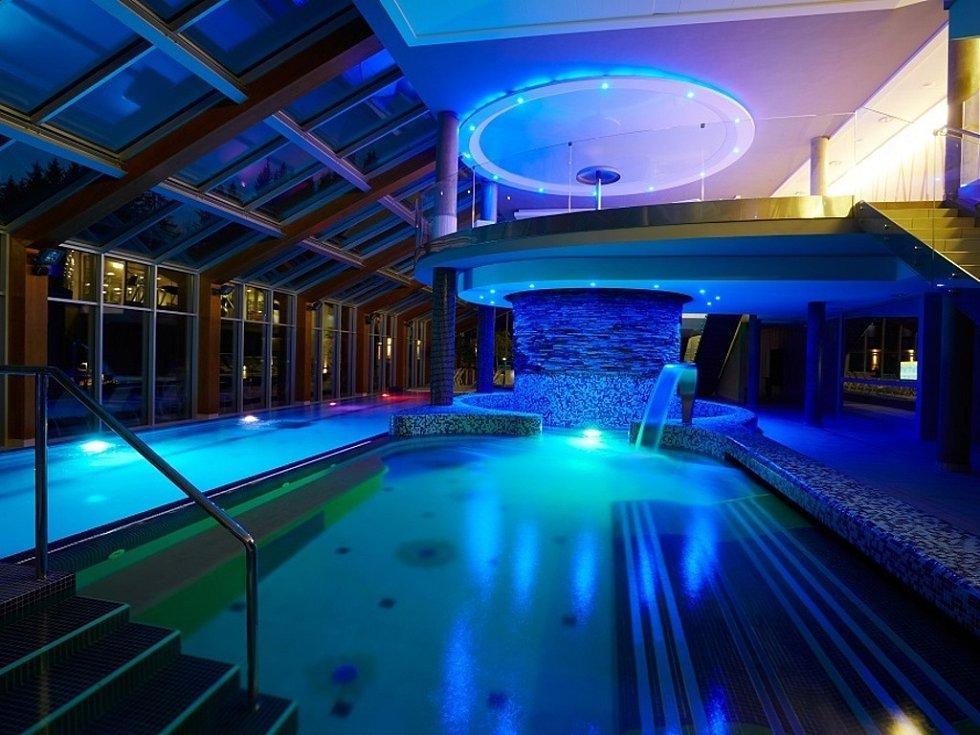 Termální bazény wellness Horal.