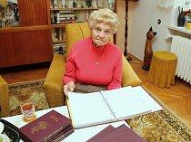 Jiřina Sousedíková sepsala za deset let ručně psané paměti. Vzniklo z nich sedm básnických knih a tři další, ve kterých se věnuje životu v dětství, ve škole i společnému soužití  a práci v souboru Lipta s manželem Radomírem.