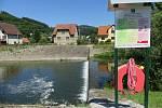Poslední týden v červenci 2020 nainstalovalo Povodí Moravy u malého hovězského splavu bezpečnostní prvky pro záchranu tonoucích.
