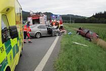 Tragická nehoda se stala patnáct minut po sedmnácté hodině na hlavním silničním tahu I/57 mezi Vsetínem a Valašským Meziříčím.