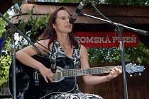 Rožnovský skanzen hostil v sobotu 25. července mezinárodní festival Romská píseň 2009.