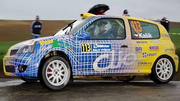 Také ve druhé sezoně v rally bude posádka kašík – Uhřík startovat ve většině závodů s vozem Renault Clio Sport, se kterým se dobře obeznámila v uplynulé sezoně.