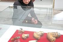 Vsetínský zámek nabízí výstavu dýmek a historie dýmkového kouření.