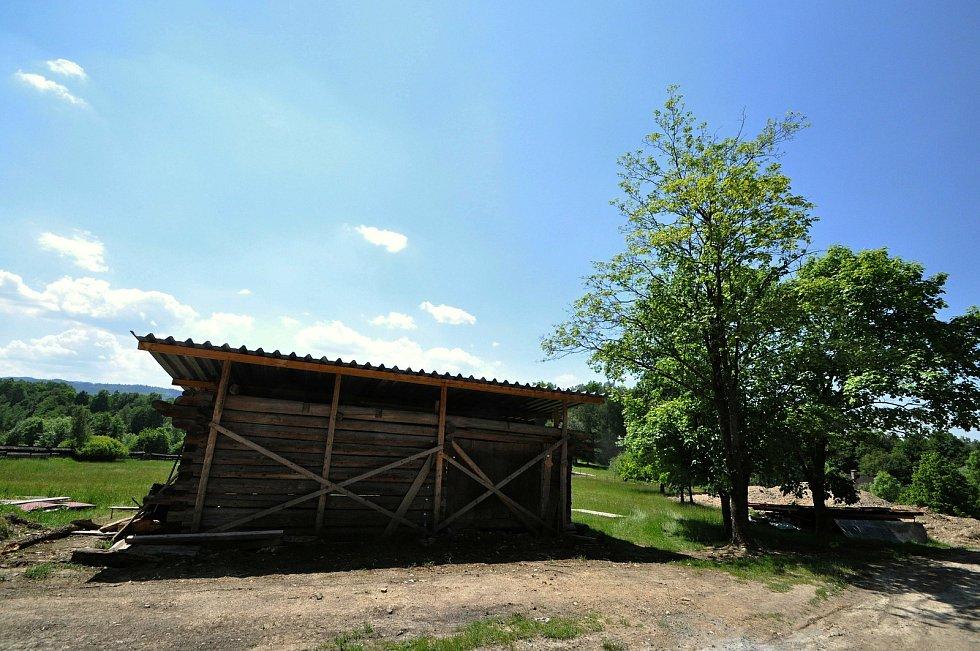 Ve Valašském muzeu v přírodě v Rožnově pod Radhoštěm budují nový areál zaměřený s názvem Kolibiska; červen 2021