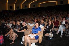 Odborná konference Vsetínské nemocnice na téma Moderní trendy v hojení ran se uskutečnila ve čtvrtek 4. října 2018 v kině Vatra ve Vsetíně. Významným hostem konference byl profesor Luboš Sobotka.