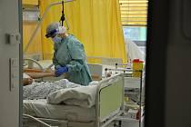 Covidová stanice ve Vsetínské nemocnici.