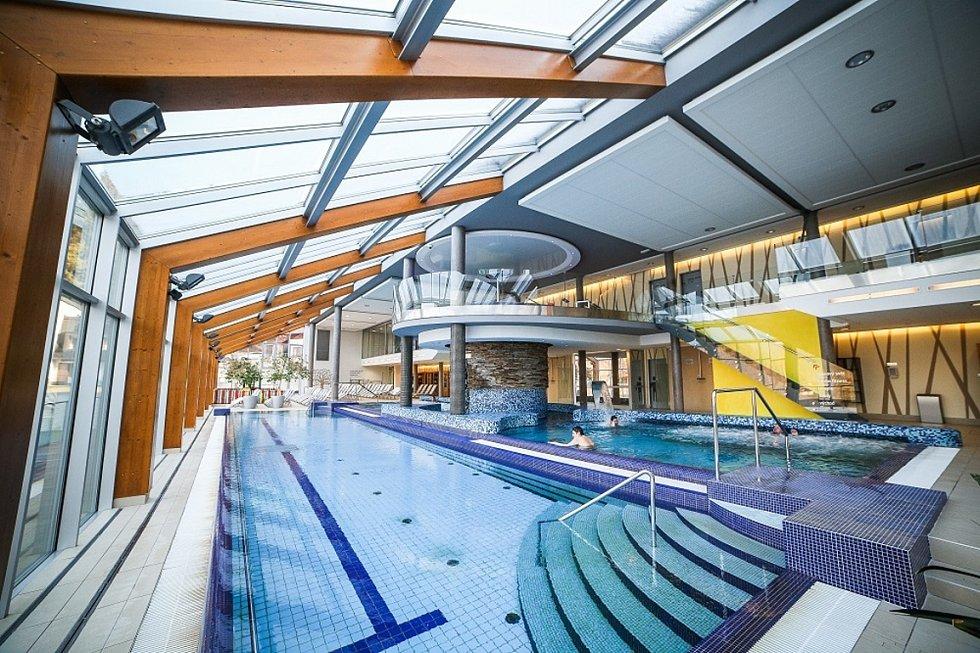 Bazén ve wellness hotelu Horal.