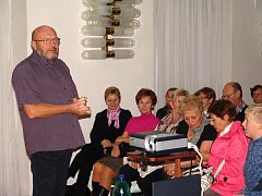 Ve Valašském Meziříčí vyprávěl Rudolf Bzonek o své cestě do Španělska.
