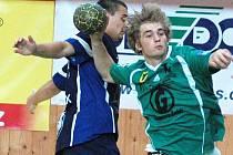 Házenkáři Gumáren Zubří (na snímku matěj Šustáček) na Valašském poháru po výhře nad Karvinou tentokrát remizovali s německým Coburgem 30:30