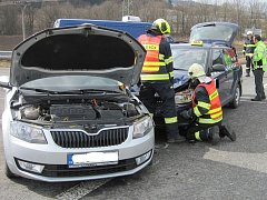 Dopravní nehoda u Jablůnky se obešla bez zranění.