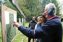 Na šestém ročníku klání s názvem Poličenský terč poměřilo v pátek 4. října 2019 na střelnici v Poličné své schopnosti třináct týmů z města a vesnice mikroregionu Valašskomeziříčsko-Kelečsko.