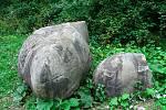 Vidče - kamenné koule v místním lomu