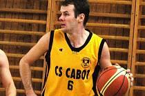 Basketbalista Valašského Meziříčí Petr Pešat.
