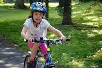 Malí cyklisté předvedli v sobotu 8. června 2019 svou zručnost a rychlost v zámeckém parku v Brankách.