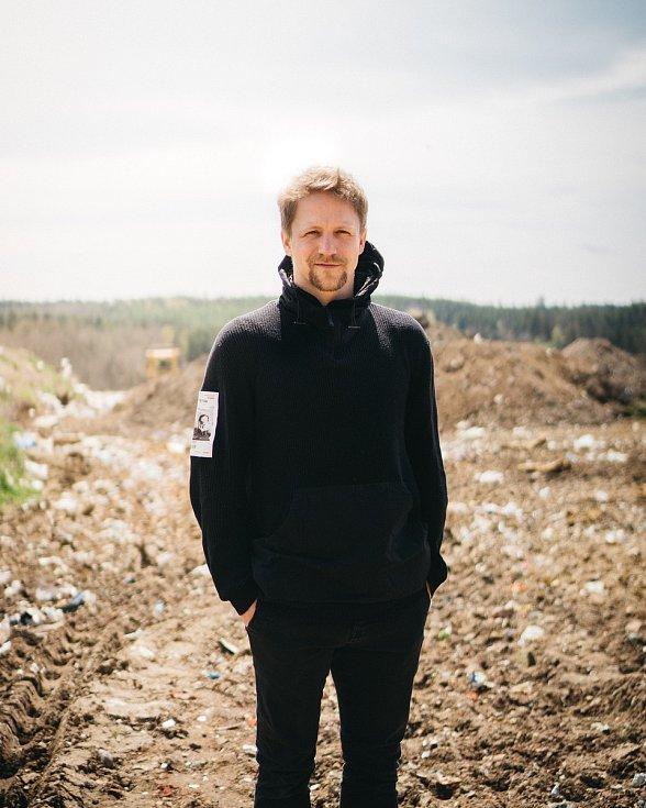 K hlavním hvězdám víkendového (18. a 19. září 2021) Envirofestu Bečva ve Valašském Meziříčí bude patřit písničkář Tomáš Klus.