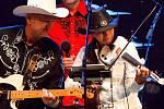 Skupina Country Beat vystupuje v sobotu 3. srpna 2019 na scéně Letní kino v Bystřičce na Vsetínsku na 21. ročníku country festivalu Starý dobrý western.