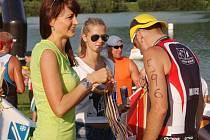 Páteční triatlon Valachy Man byl čtvrtým dpodnikem pětidílné série Valachy Tour. Vyhrál Jan Čelůstka.