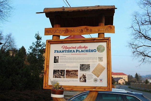 Ctěnému obyvateli obce Liptál, významnému veřejnému činiteli Františku Plachému, věnovali Liptálané naučnou stezku. Její vybudování trvalo tři čtvrtě roku a stezku dlouhou téměř osm set metrů otevírali na etapy.