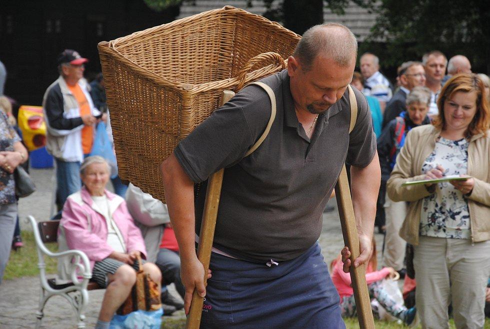 Pekaři ze všech koutů se v sobotu 13. července 2019 sjeli do rožnovského skanzenu na 26. ročník Pekařské soboty.