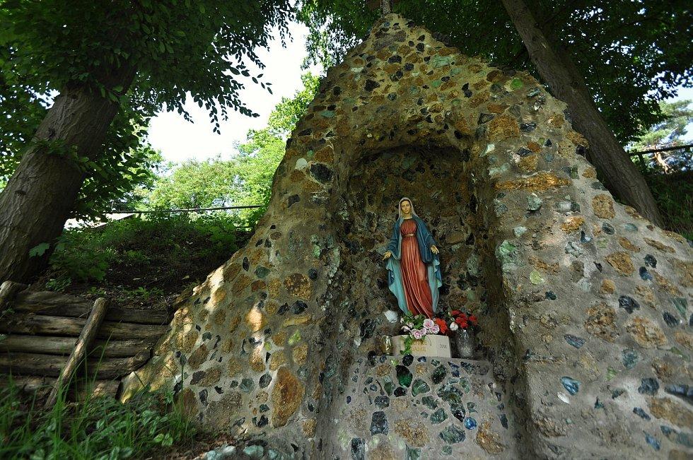 Zašová - klášterní zahrada