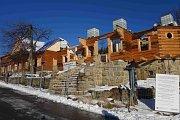 Rozestavěná chata Libušín na Pustevnách.