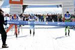 Karlovskou 50 ovládl o špičku běžky specialista Řezáč