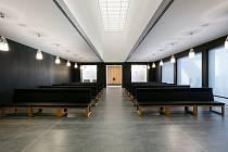 Smuteční obřadní síň ve Valašském Meziříčí nominovaná do finále soutěže Česká cena za architekturu 2019.