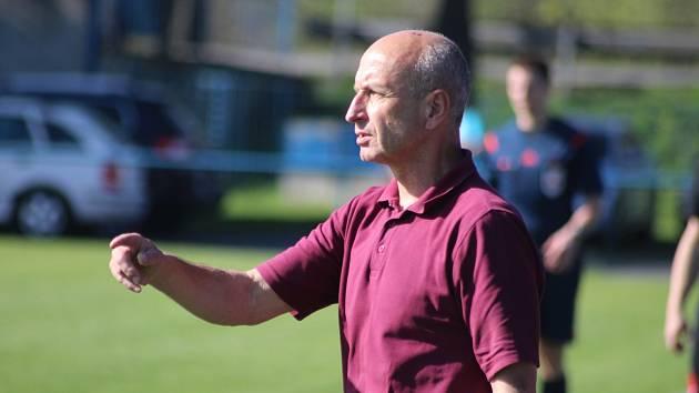 Trenér Pavel Hajný