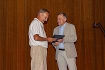 Antonín Juříček převzal 2. července 2019 vyznamenání druhého stupně za celoživotní osobní přínos v oblasti historie, publicistiky a kronikářství Zlínského kraje z rukou hejtmana Jiřího Čunka.