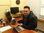 Ředitel Základní školy Sychrov ve Vsetíně a ideový vůdce alternativního vzdělávání ve Vsetíně, které na škole funguje od roku 2014.