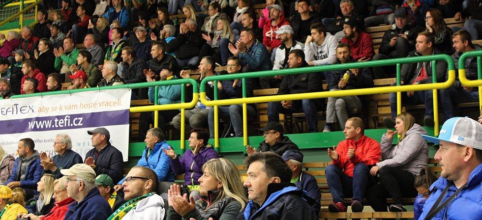 Sérii osmi vítězství v řadě dokázal přetrhnout až tým z Českých Budějovic. Valaši podlehli ve středečním utkání na domácím ledě 2:3