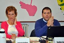 Drahomíra Koňaříková a Radim Janča z Věcí veřejných poprvé usedli do zastupitelstva; Rožnov pod Radhoštěm, úterý 30. října 2012
