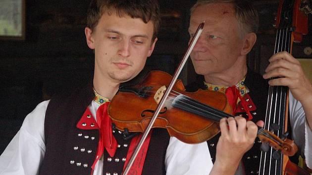 Valašské muzeum v přírodě hostilo od pátku 6. srpna do neděle 8. srpna festival slovenského folkóru Jánošíkův dukát