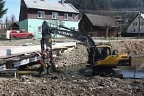 Oprava mostu ve Vsetíně.