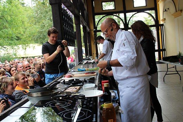 Premiérovým Garden Food Festivalem ožil Rožnov pod Radhoštěm ve dnech 30. června až 1. července 2018. Hlavní hvězdou festivalu byl známý šéfkuchař Zdeněk Pohlreich.