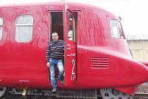 Motorový vůz M 290.002 známý jako Slovenská strela se dočkal v letech 2018-2020 opravy. Hnacího agregátu se ujala firma Mezopravna Vsetín. Vladimír Hrbas na zkušební jízdě.