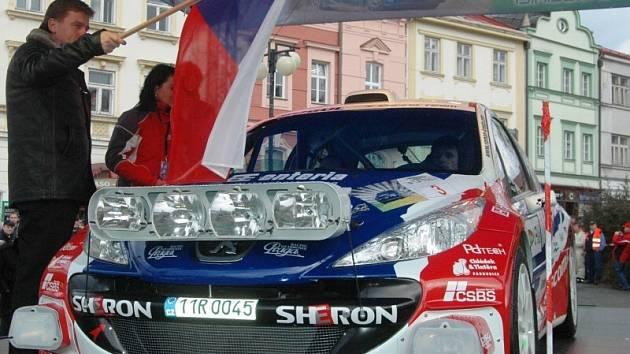Startovní č. 3 Roman Kresta – Petr Gross, Peugeot 207 S2000.