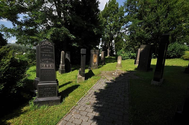 Valašské Meziříčí - židovský hřbitov
