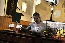 V kostele svatého Jana Křtitele v Novém Hrozenkově se v sobotu a neděli 24. a 25. září 2011 konaly Svatováclavské dny. Jejich součástí byl sobotní festival duchovní hudby.