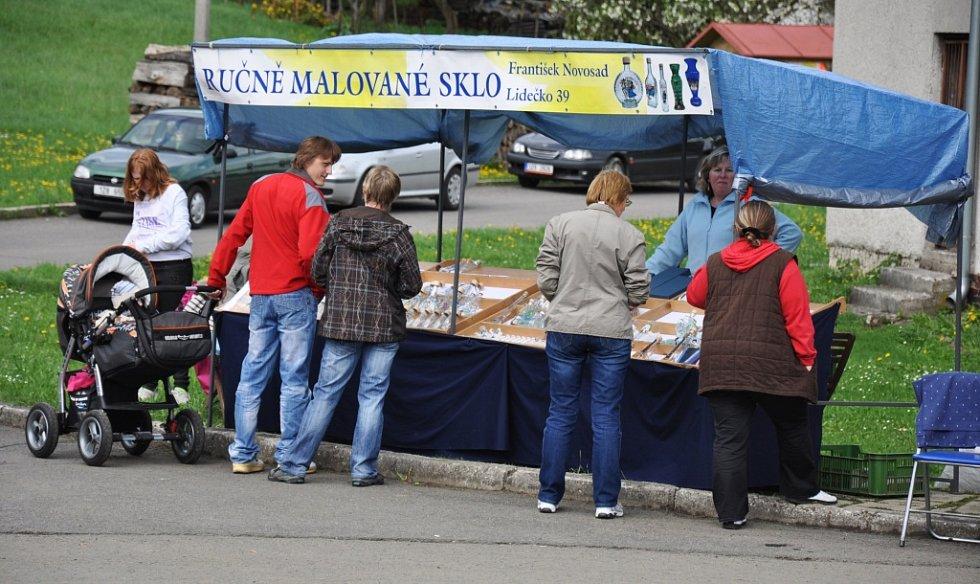 V Lužné na Hornolidečsku se v sobotu 4. května 2013 konal 6. ročník tradičního obecního jarmarku.