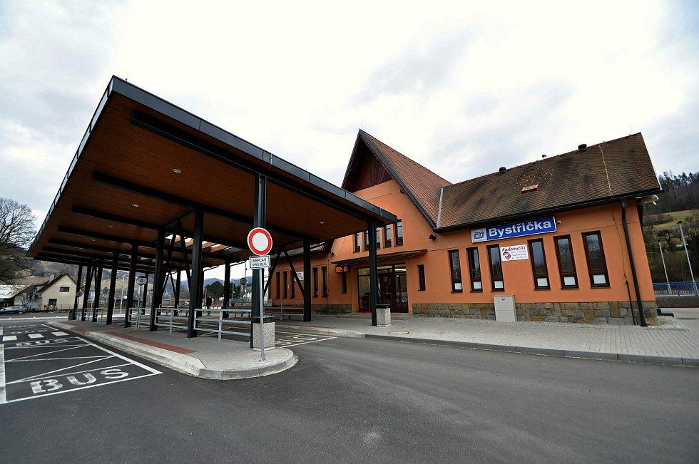 Nový dopravní terminál v Bystřičce na Vsetínsku; březen 2021