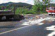 Dopravní nehoda nákladního automobilu u Horní Bečvy.
