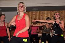 Ve Valašském národním divadle v Karolince se v sobotu 12. listopadu konal 10. ročník Aerobik maratonu