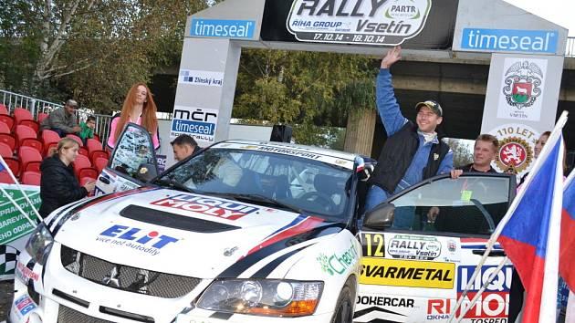 Posádka Jaroslav Pešl-Roman Pešek vyhrála svou třídu na Rally Vsetín.